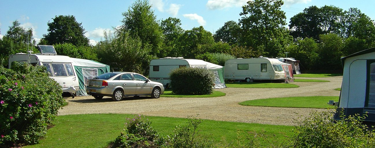 plough-lane-caravan-site-looking-east